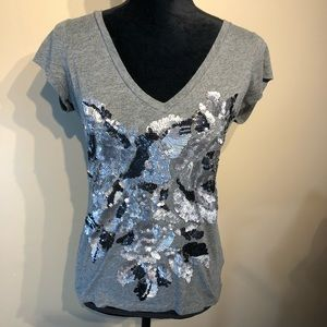 Express Sequin Detailed T-short Size Small.